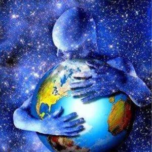 abrazo de la humanidad y el planeta – copia